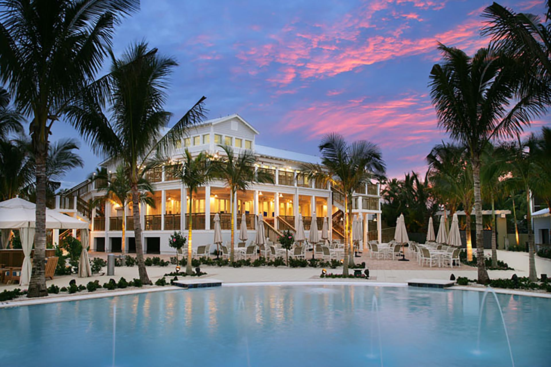 Sanibel Island Hotels: South Seas Island Resort: Cabanas And Pool At The Pointe